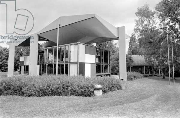 Switzerland Zurich Center Le Corbusier, 1980 (b/w photo)