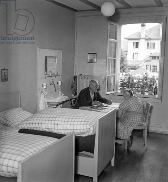 Switzerland For Care Center Kühlewil, 1949 (b/w photo)