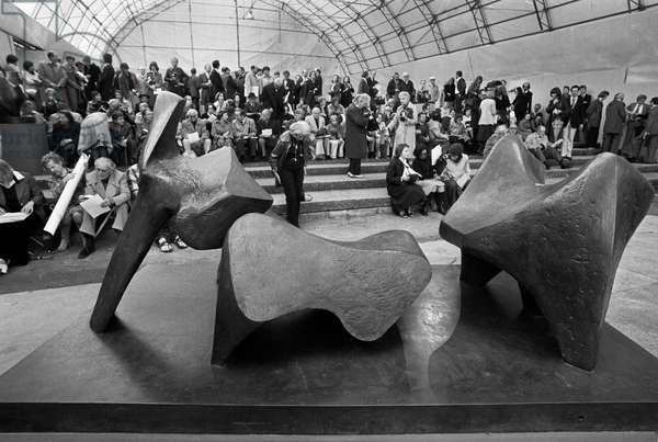 Switzerland Art Henry Moore, 1976 (b/w photo)