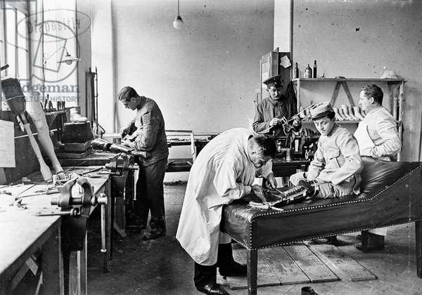 Switzerland World War, 1914 (b/w photo)