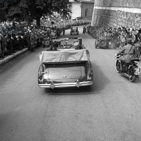 Switzerland Henri Guisan Visit Geneva, 1939 (b/w photo)