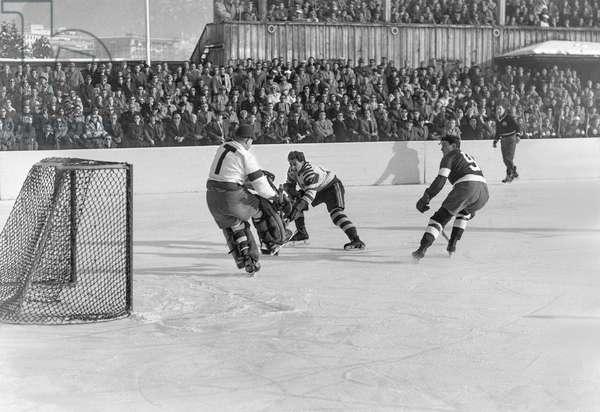 Spengler Cup, 1951 Hc Davos Prussia Krefeld (b/w photo)