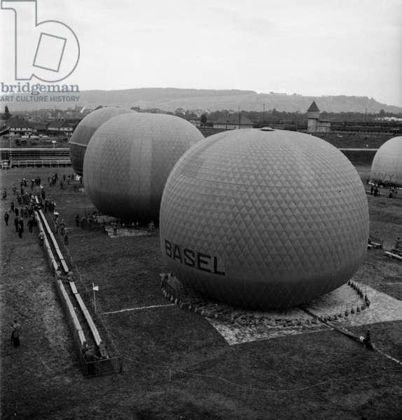 Switzerland Balloon Ride, 1932 (b/w photo)