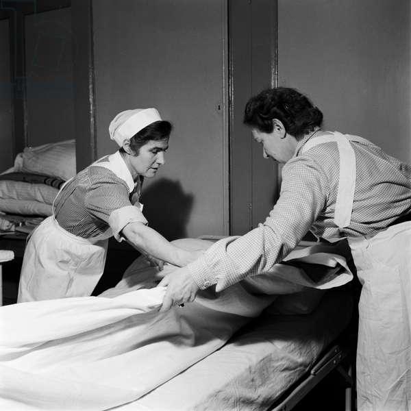 Swiss Red Cross, 1954 (b/w photo)