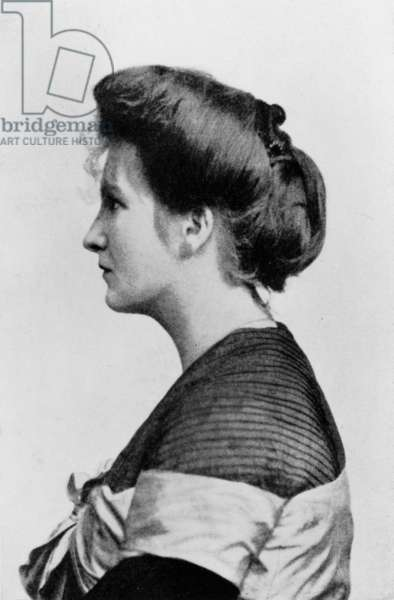 Alma Mahler (1879-1964) Austrian composer, wife of Gustav Mahler (1860-1911) ca 1910 (b/w photo)