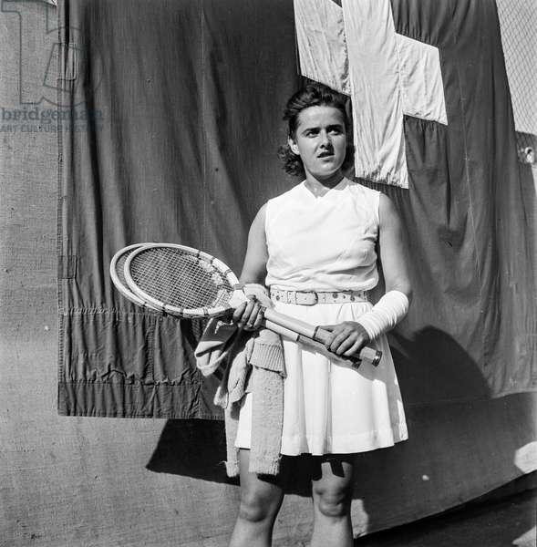 Switzerland Tennis Pierrette Dubois, 1940 (b/w photo)