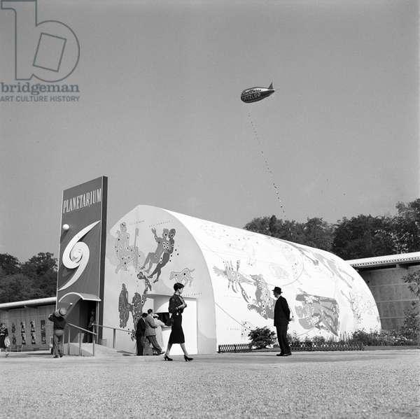 Switzerland Comptoir Suisse, 1952 (b/w photo)