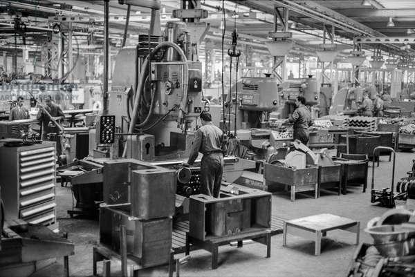 Switzerland Rieter Machine Factory, 1960 (b/w photo)