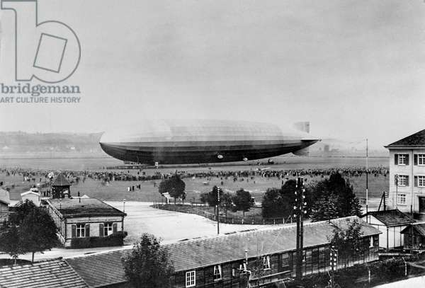 Switzerland Duebendorf Graf Zeppelin, 1929 (b/w photo)