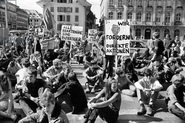 Switzerland Vietnam War, 1968 (b/w photo)