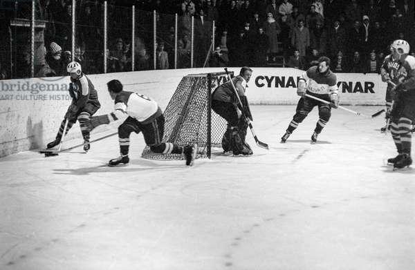 Switzerland Ice Hockey Visp Davos, 1962 (b/w photo)