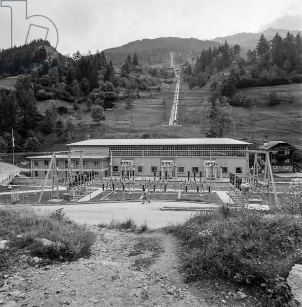 The central Vissoie, part of the Gougra power plants, in Val d'Anniviers in the canton of Valais, recorded in September 1959 (b/w photo)