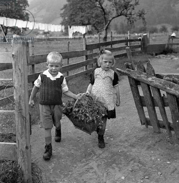 Switzerland Children (b/w photo)