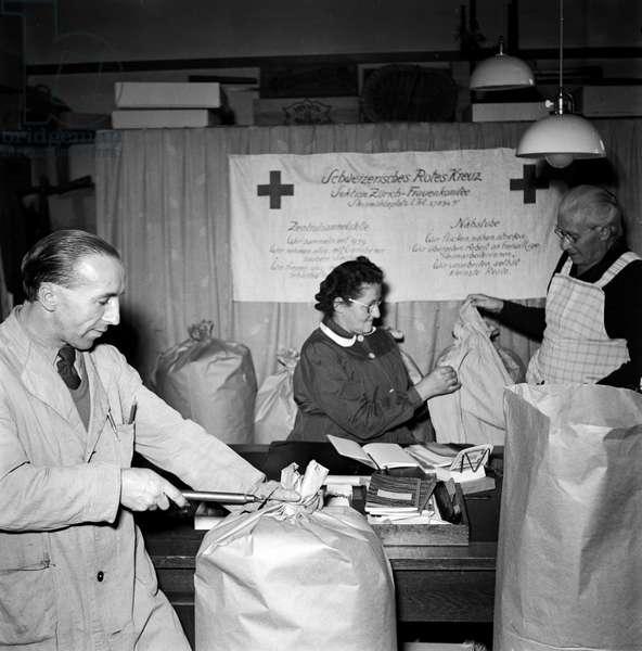 Swiss Red Cross (b/w photo)