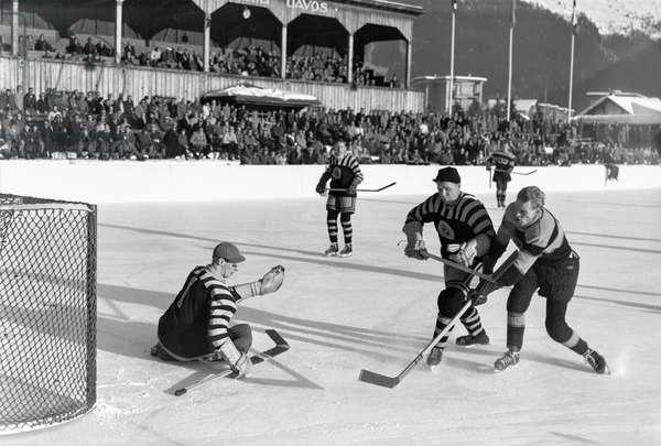 Spengler Cup, 1950 Aik Stockholm Ev Fuessen (b/w photo)