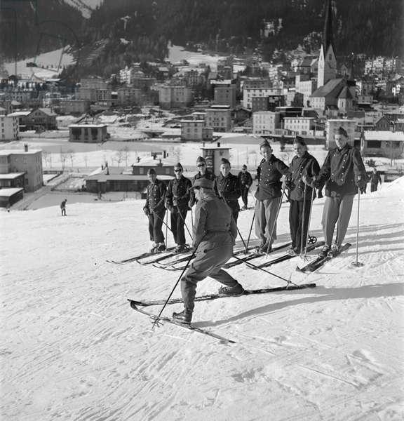 Switzerland World War II Ski Troops, 1943 (b/w photo)