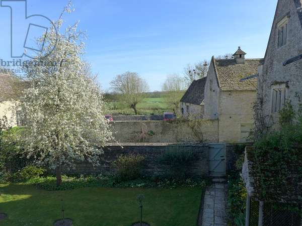 View from the Tapestry Room, Kelmscott Manor, Oxfordshire (photo)