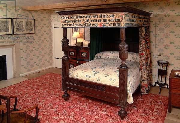 William Morris's (1834-1896) Bedroom, Kelmscott Manor, Oxfordshire, UK (photo)
