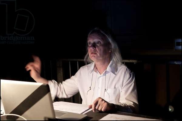 Philippe Manoury rehearsing