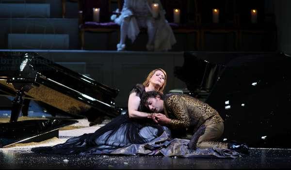 Magee and Kaufmann in Ariadne auf Naxos by Strauss