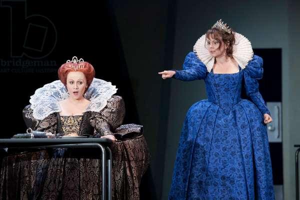 Maria Stuarda, opera by Donizetti, based on the tragedy by Friedrich von Schiller, with Carmen Giannattasio and Aleksandra Kurzak, 2015