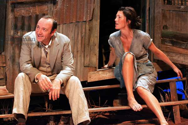 Kevin Spacey and Eve Best in A Moon (photo)