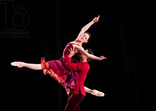 Vanessa Zahorian and Joan Boada in Trio by San Francisco Ballet Programme B at Sadler's Wells (Opening 15-09-12) (photo)