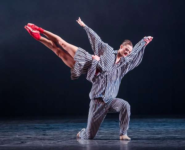 A scene from In The Upper Room by Twyla Tharp, Sadler's Wells, June 2018 (photo)