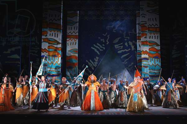 Aida - production by the English National Opera at the London Coliseum (photo)