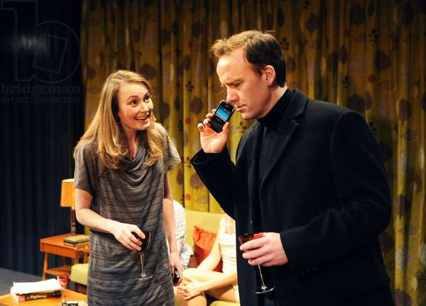 Anna Madeley (Suzanna) and David Wilson Barnes (Max) in ' Becky Shaw ' by Gina Gionfriddo at Almeida Theatre (photo)