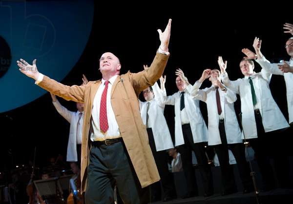 Piccard In Space, opera by Will Gregory (photo)