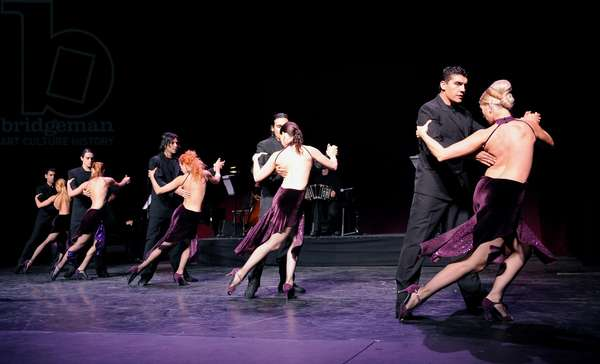 A scene from Tanguera from Tango Fire (photo)