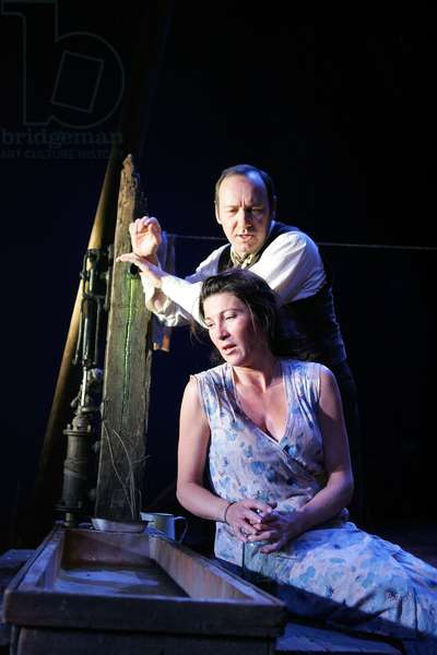 Kevin Spacey and Eve Best in A Moon For The (photo)