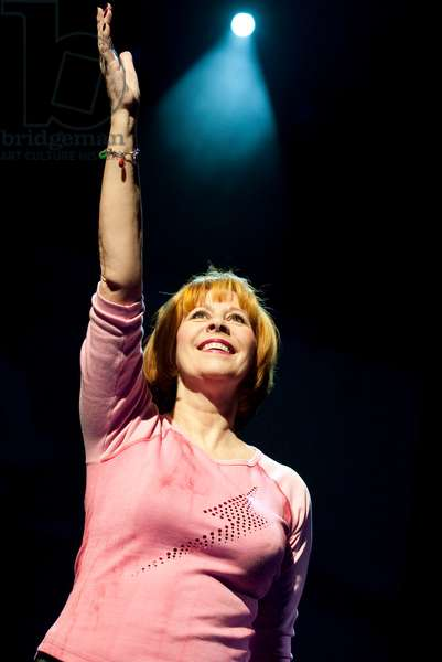 Marti Webb in Tell Me on a Sunday (photo)