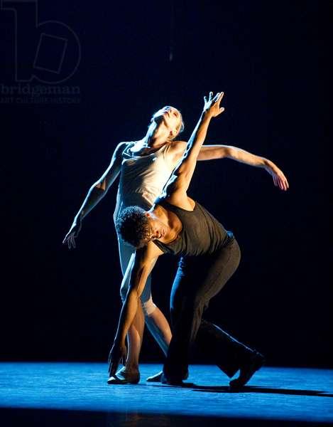 Carlos Acosta and Zenaida Yanowsky in On Before (photo)