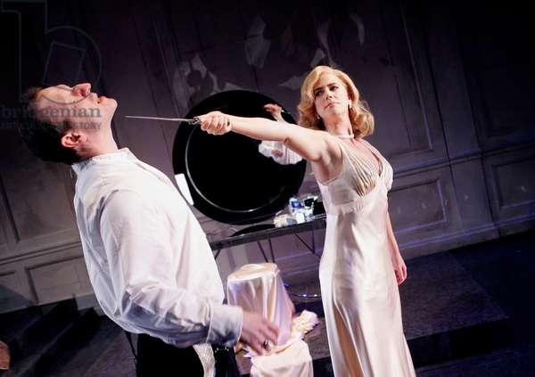 Timothy Walker as Ferdinand and Imogen Stubbs (photo)