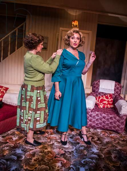 Finty Williams (Barbara Jackson) and Tracy-Ann Oberman (Helen Kroger) in Pack Of Lies by Hugh Whitemore at Menier Chocolate Factory, 2018 (photo)
