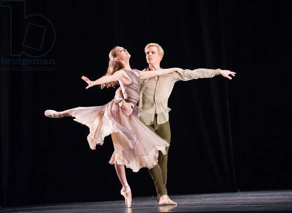 Sarah Van Patten and Tiit Helimets in Trio by San Francisco Ballet Programme B at Sadler's Wells (Opening 15-09-12) (photo)