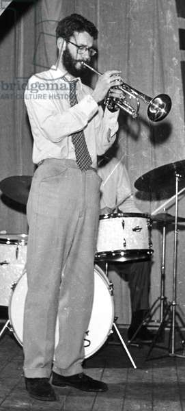 Ian Carr, performing in 1961