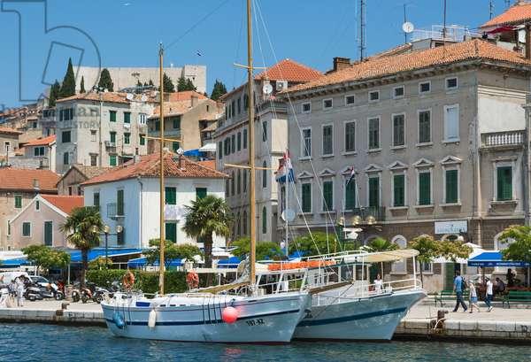 Boats in harbour, Waterfront, Sibenik, Sibenik-Knin County, Dalmatia, Croatia (photo)
