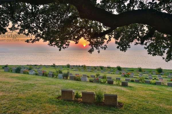 Anzac Cove, Gallipoli Peninsula, Turkey, Ari Burnu cemetery (photo)