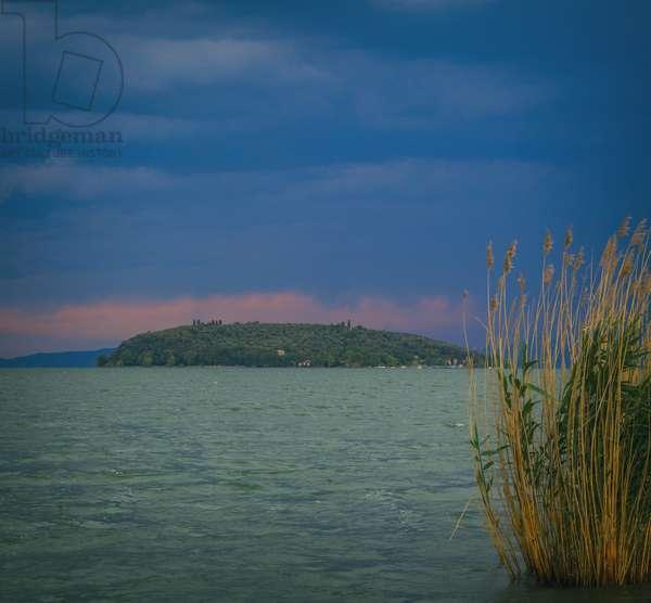 Lake Trasimene, Umbria, Italy (photo)