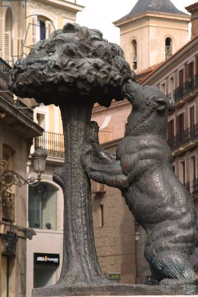 El Oso de Madrono (bronze)