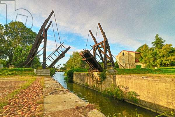 Van Gogh, Langloise Bridge at Arles (photo)