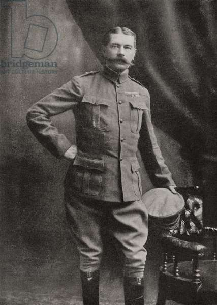 Lord Kitchener in South African Campaign uniform.  Field Marshal Horatio Herbert Kitchener, 1st Earl Kitchener, 1850 – 1916. British Field Marshal.   From Field Marshal Lord Kitchener, His Life and Work for the Empire, published 1916.