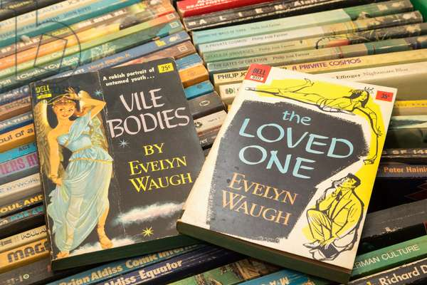 Early Evelyn Waugh paperback covers. (photo)