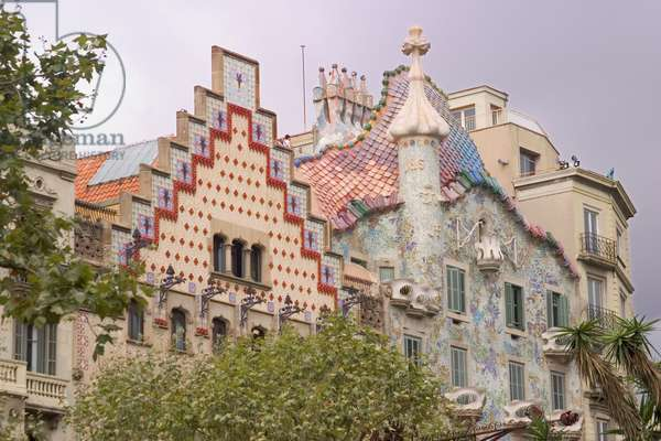 Casa Amatller and Casa Batllo (photo)