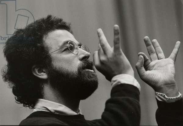 Giuseppe Sinopoli conducting at