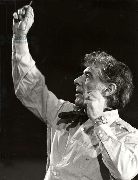 Leonard Bernstein conducting American