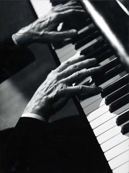 Arthur Rubinstein 's hands